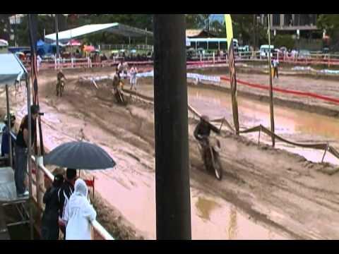 Speedway em Petrópolis Força Livre o tombo do Léo