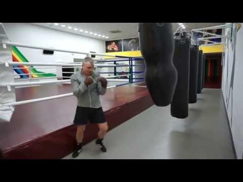 Тренировки по боксу в Харькове. Виталий Пивоваров