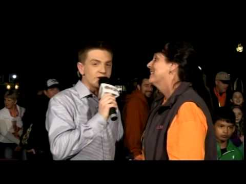Channel - For more information: http://benswann.com/watch-keenes-pumpkin-festival-coordinator-physically-confront-reporter-amid-rioting/ Jared Goodell of Channel 8 Cheshire TV was accosted by Pumpkin...
