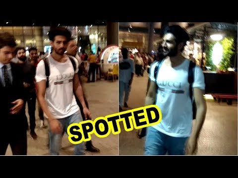 Kartik Aryan Spotted At Mumbai Airport