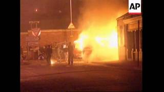 Derry / Londonderry United Kingdom  city photo : NORTHERN IRELAND: VIOLENT CLASHES IN STREETS OF LONDONDERRY