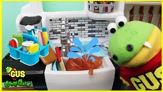 Kids Chores Cleaning Routine Pretend Play! Toys Clean Up sweeping washing Dishes Funny  Kids Video