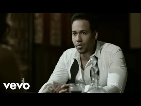 La - Music video by Romeo Santos Feat. Tomatito performing La Diabla/Mi Santa. (C) 2012 Sony Music Entertainment US Latin LLC.