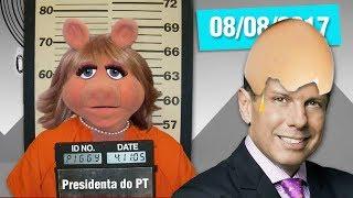 """Pra variar, mais um presidente, ou melhor, presidenta do PT está com um pé na cadeia! #OtarioNewsLOJINHA http://canaldootario.com.br/store/CAMISETAS http://canaldootario.com.br/loja2/SE INSCREVE AÍ NESSA BAGAÇA http://bit.ly/2dlmOXnTORNE-SE MEU PATRÃO ;-) http://www.patreon.com/CanalDoOtarioDOAÇÕES http://www.canaldootario.com.br/doacoes/Acesse o site http://CanalDoOtario.com.brLojinha do Canal do Otário http://canaldootario.com.br/store_Utilize o código: CANALDOOTARIO na primeira corrida do UBEREste código oferece uma viagem com desconto de até R$20 para novos usuários. O código é válido até 31/12/17 e é exclusivo para novos usuários.Abaixo segue um passo a passo para o uso do código.1º Baixar o Uber e/ou abrir o aplicativo http://ubr.to/2cxGDbL 2º Clicar no menu superior esquerdo (três traços do canto superior esquerdo).3º Clicar em promoções.4º Clicar em """"Adicione um código promocional"""".5º Escrever CANALDOOTARIO e clicar em aplicar.Para mais informações, fontes e links extras acesse: http://www.canaldootario.com.br/videos/piggy-na-cadeia-doria-ovacionado-e-traicoes-de-deborah-secco/  Agradecimentos Especiais aos Patrões:Delcio JuniorBruno BezerraMarcelo FerreiraRafael CostaGustavo GalvãoAndré CastroRaphael AmorimPlínio DutraEdu CruzDaniel LacerdaLuciano CamposPedro VieiraMike MorcerfR SouzaObrigado, Patrões! O apoio financeiro ao Canal através do Patreon, está sendo fundamental para manter o Canal vivo e fazer vídeos como este!___Música e efeitos sonoros:Diego Vilas Boas"""