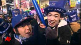 Raw Video: Times Square Celebrates 2011!