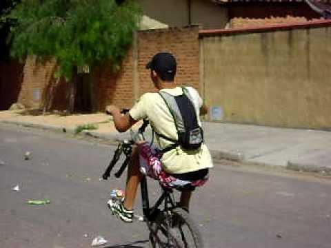 Mateus empinando - Palmas de Monte Alto - BA
