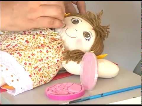 [JORNAL DA TRIBUNA] Moradoras de Abreu e Lima aprendem a fazer bonecas da pano para gerar renda