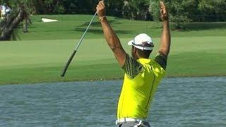 Tiger Woods Sinks 91 Foot Birdie Putt