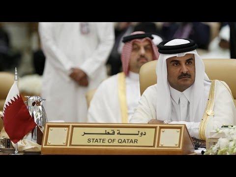 Τέσσερις χώρες διακόπτουν τις σχέσεις τους με το Κατάρ