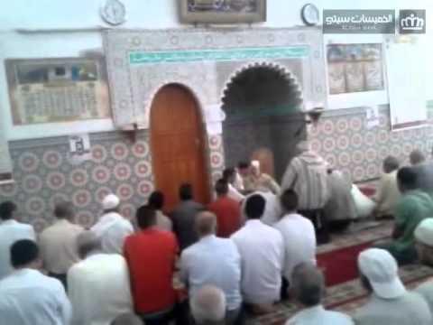 أجنبي يعلن إسلامه في شهر رمضان بمسحد بوعزة يكن بالخميسات