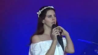 Lana Del Rey - Summertime Sadness - Vieilles Charrues 2016 - 17 juillet 2016