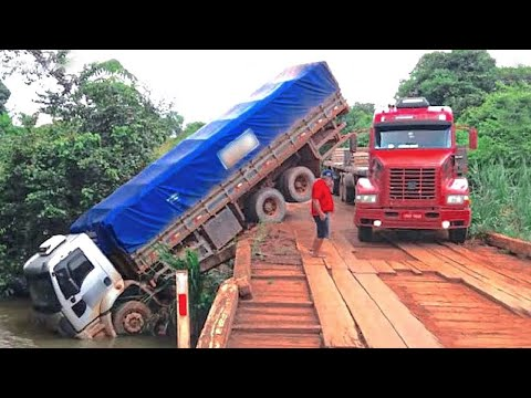Dangerous Idiots Dump Trucks Operator at Works, Biggest Heavy Equipment Machines Truck Driving Fails