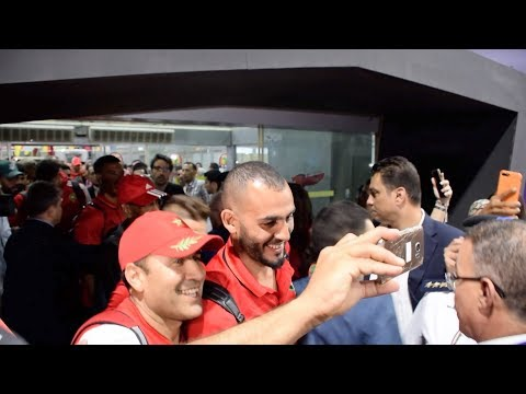 بعثة المنتخب الوطني لكرة القدم تصل إلى مصر