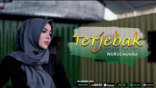 Download Video Nurul Munira - Terjebak Diantara Dua Hati (Official Music Video) MP3 3GP MP4