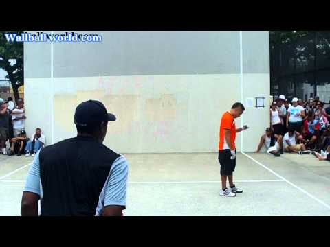 Peewee vs Lefty George - King of the Court 2011