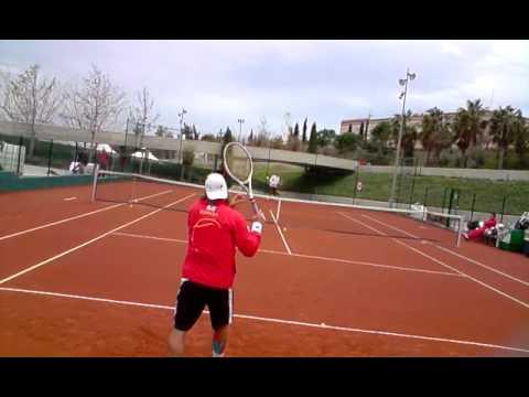 Calentamiento de Ferrer y Rubén Ramírez para la Copa Davis 2009