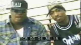 tupac @ e-40 documentery..2pac gona sho u how 2 roll 1