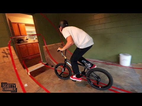 BMX OBSTACLE COURSE THROUGH A HOUSE! (видео)