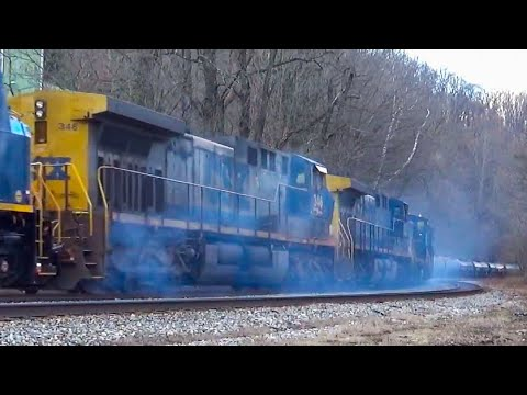 Old CSX AC4400 Locomotive Catches Fire!