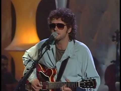 angel - SODA STEREO Angel Electrico [MTV Unplugged] This content is owned or licensed by SME.