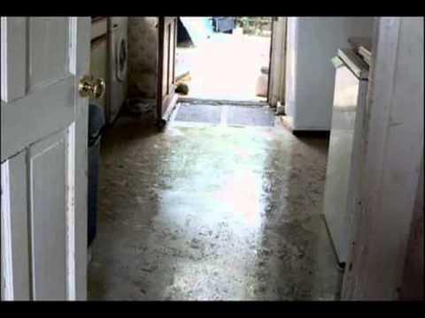 Melbourne Carpet Water Damage Restoration http://www.superbclean.com.au/Flood-Hints.html