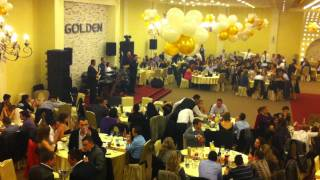 Labinot Tahiri - LABI - Loti Rrjedh Nga Syri - GOLDEN Restaurant