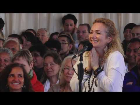 Mooji Video: Relationship With a Guru Should Not Be a Long One