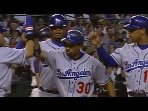 Video: Dave Roberts hits a three-run homer