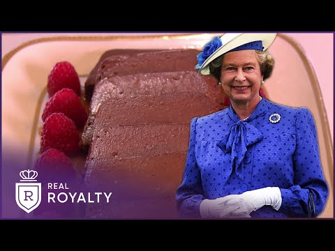 The Queen's Maltese Commonwealth Cake | Royal Recipes | Real Royalty
