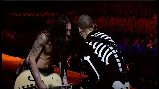 Red Hot Chili Peppers - Californication LIVE Slane Castle