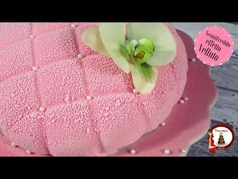 semifreddo alla fragola e limoncello con effetto velluto - ricetta