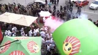 Gruba akcja na mieście! Kibice Legii Warszawa atakują policjantów w Kijowie! Tak się skończyła wizyta na Ukrainie!