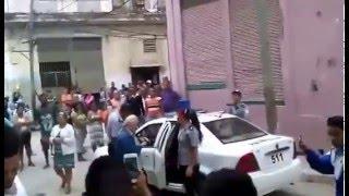 Reacción ciudadana frente arresto arbitrario se vuelve viral