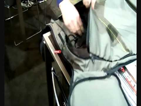 Victorinox Seefeld Convertible bag in action