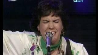 Download Lagu FC 1992: Dina - Amor De Água Fresca Mp3