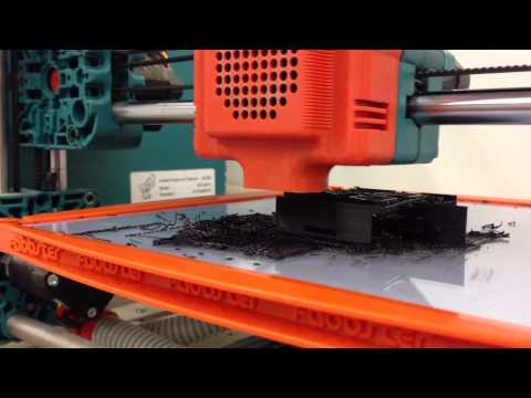 The Fabbster 3D printer hard at work – with natural sound