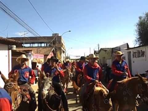 Cavalgada em Trindade, vídeo patrocinado por: D' PASSOS calçados e confecções