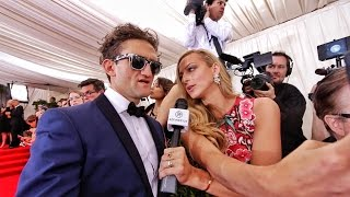 Video You're Not Allowed on the Red Carpet MP3, 3GP, MP4, WEBM, AVI, FLV Oktober 2017