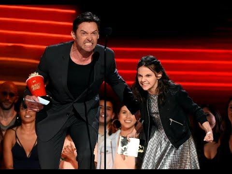 Dafne Keen And Hugh Jackman Best Duo MTV Award 2017