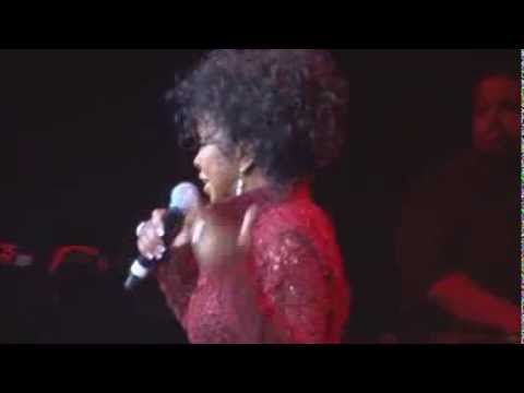 GLADYS KNIGHT in CONCERT HARD ROCK LIVE NOV 2013  Midnight Train to Georgia