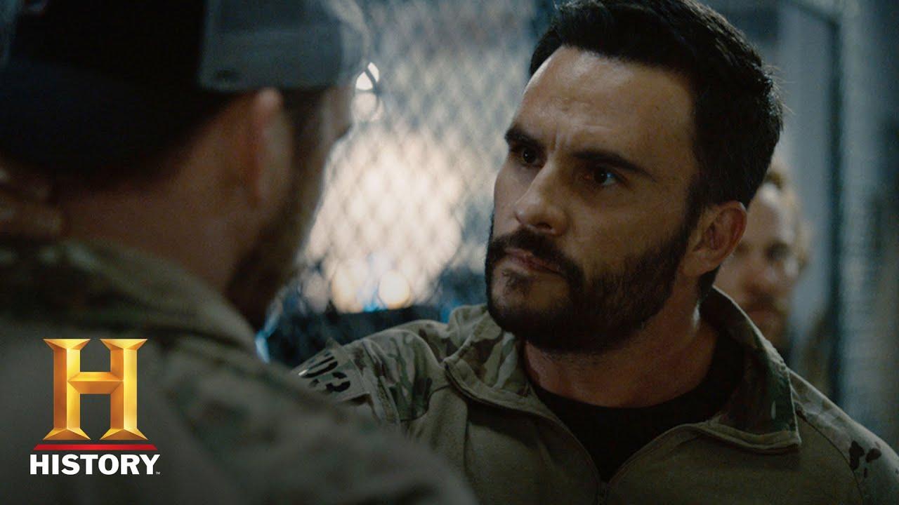 "SIX: Meet the Cast: Juan Pablo Raba as Ricky ""Buddha"" Ortiz | History"