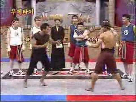 Tony Jaa: Artes marciales con humor