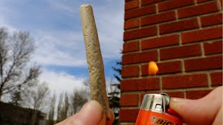 How To Roll A Joint Without Any Hands by Nate420