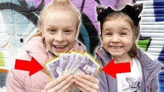 Video WHAT WiLL THEY SPEND £100 ON?! 🤑 MP3, 3GP, MP4, WEBM, AVI, FLV Maret 2019