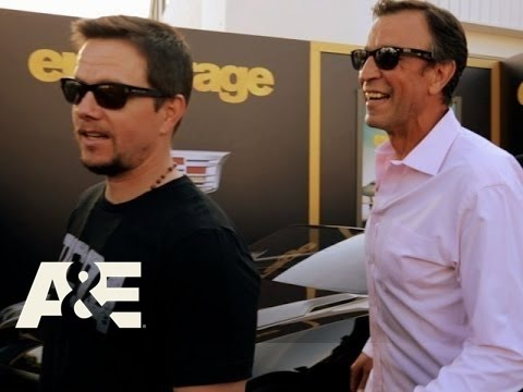Wahlburgers: The Real Johnny Drama (Season 4, Episode 5) | A&E