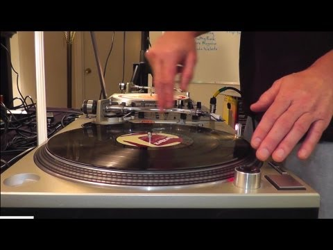 DJ'ing for Beginners – Basic Beat-Mixing, using Vinyl Records on Turntables