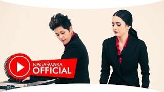 Black Champagne - Jangan Gitu Dong (Official Music Video NAGASWARA) #music