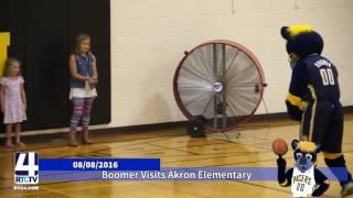 Boomer Visits Akron Elementary School
