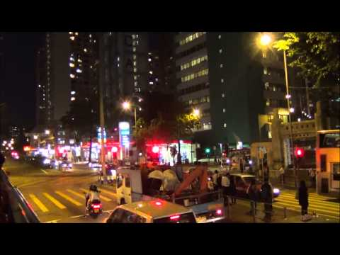 VIDEO: A Tour of Hong Kong by bus at night