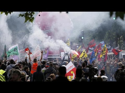 Σε απεργιακό κλοιό η Γαλλία – Επεισόδια στο Παρίσι
